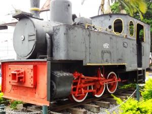 locomotiva_no_jardim_da_prefeitura