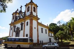 lateral_da_igreja_do_carmo_em_sabará
