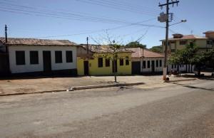 casas_e_praça_em_lagolândia