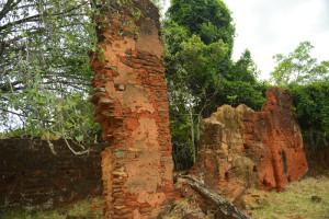 ruinas_da_torre_sineira