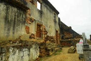 ruínas_da_torre_sineira