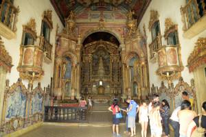 interior_igreja_da_corrente