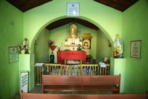 altar cruz da menina