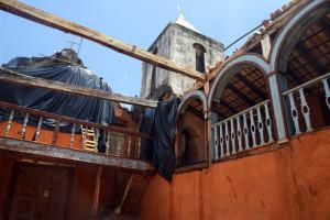 balaustres mezanino e torre sineira igreja do rosário