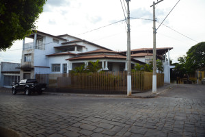 casa em brasília de minas