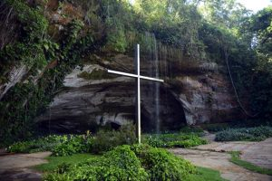 gruta dos palhares