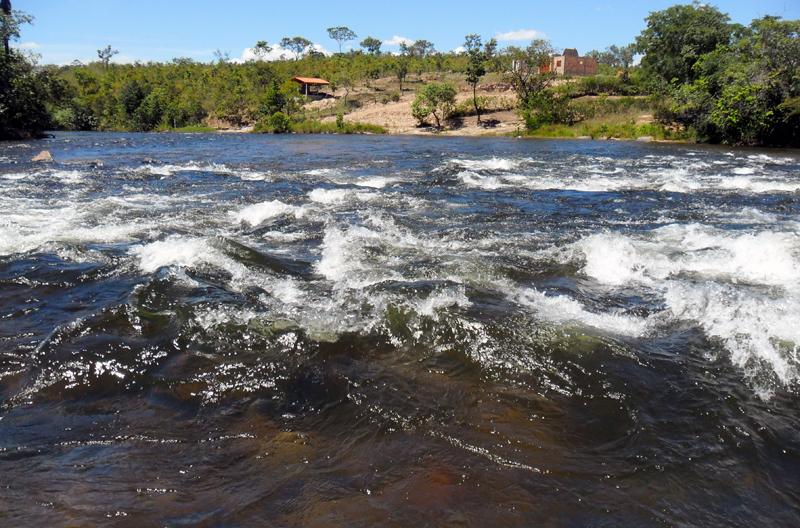 Resultado de imagem para rio de ondas